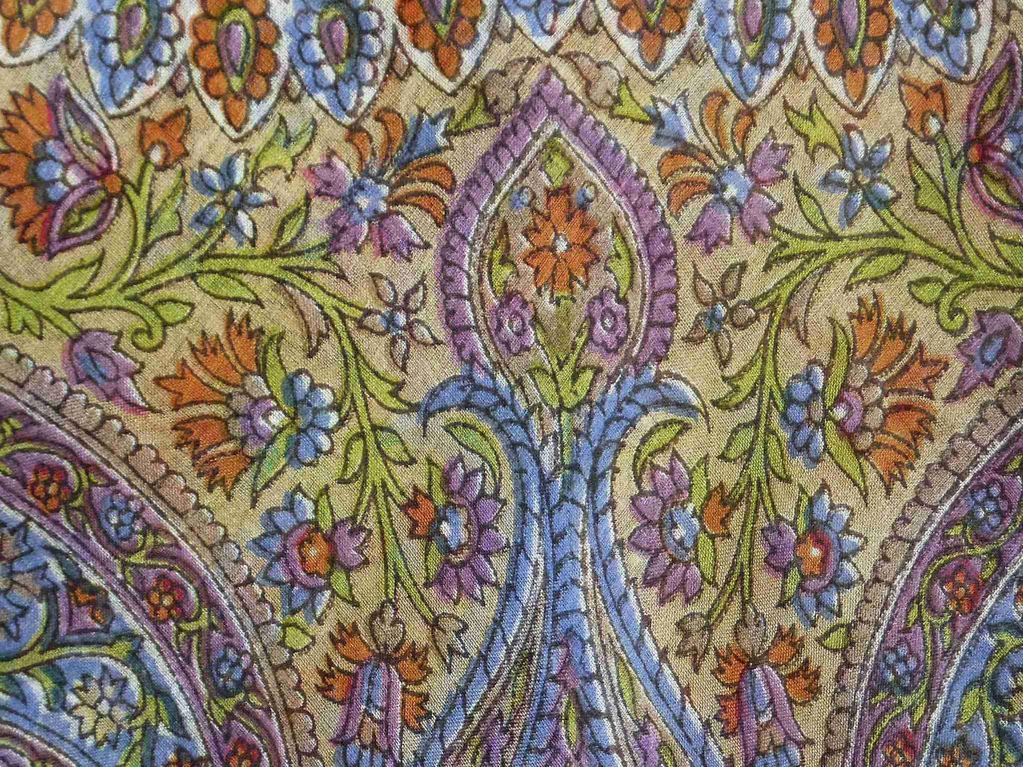 Mulberry Silk Traditional Square Scarf Chiti Ecru by Pashmina & Silk