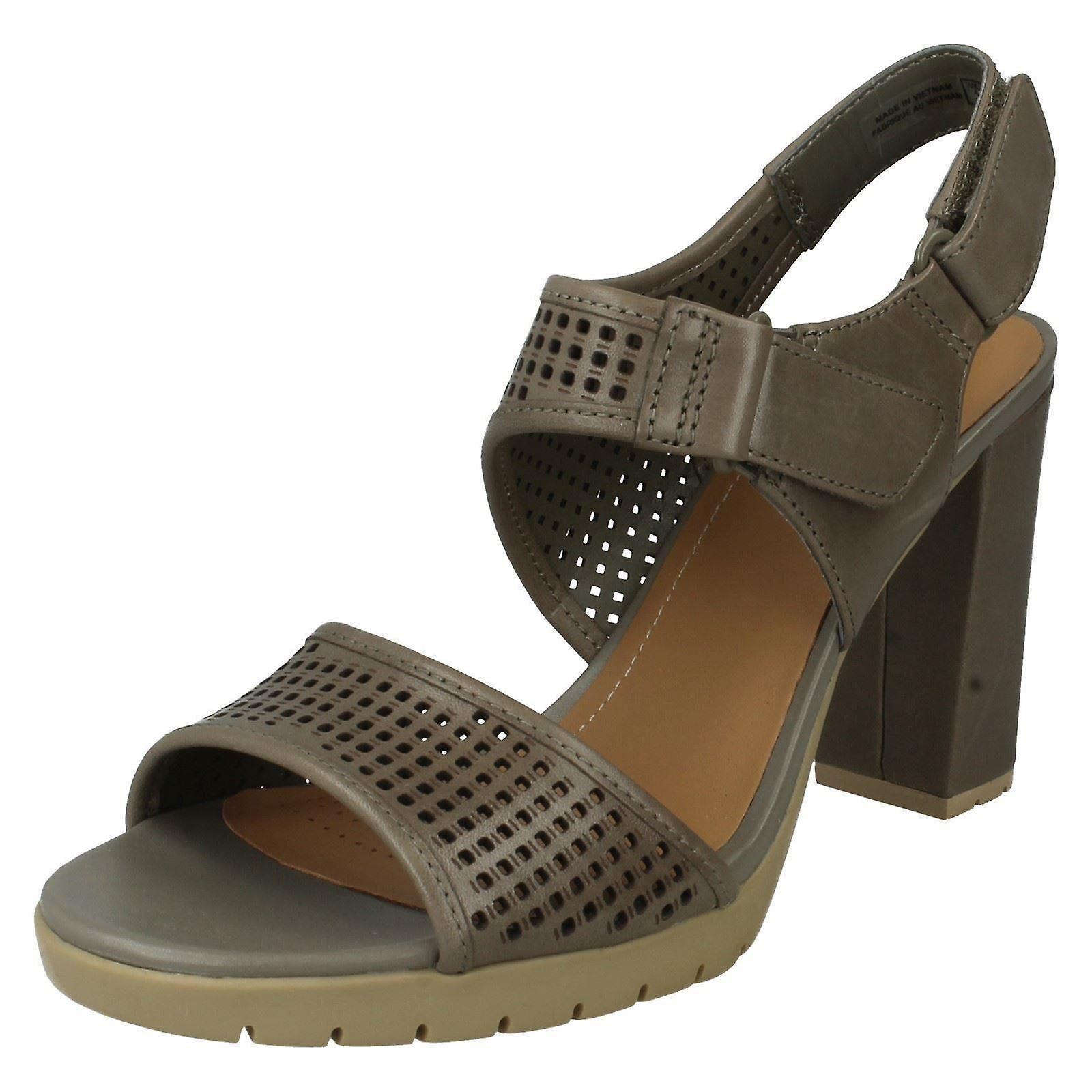 Ladies Clarks Casual Summer Sandals Pastina Estate skDVM