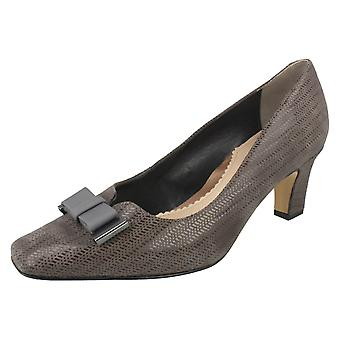 Ladies Van Dal Mid Heel Smart Shoes Kett