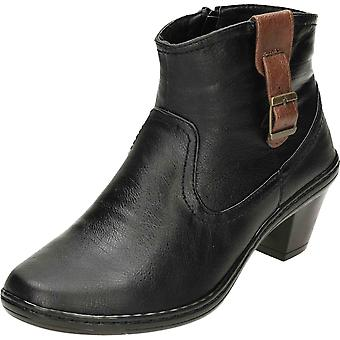 Cushion-Walk Heeled Black Ankle Boots