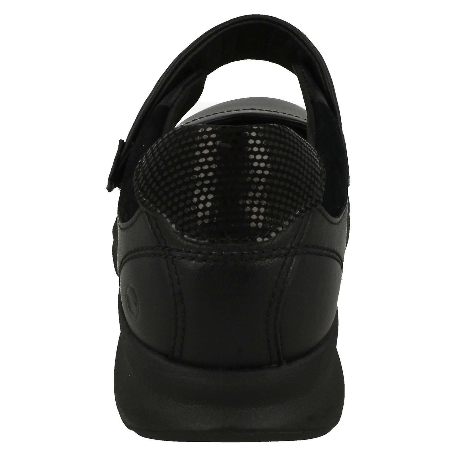Ladies Clarks Casual Flat Mary Jane Shoes Un Adorn Strap
