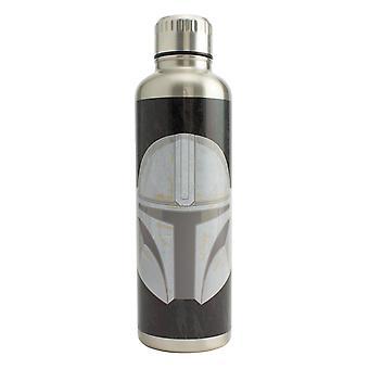 A Mandalorian Water Bottle Premium mandalorian sisak ezüst/ fekete, nyomtatott, 100% rozsdamentes acél, kapacitása kb.
