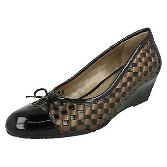 Ladies Van Dal Heeled Shoes Sudbury