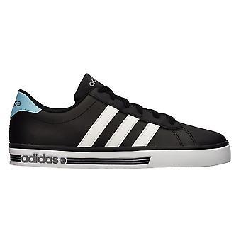 Adidas Daily Team F98345 uniwersalne buty męskie
