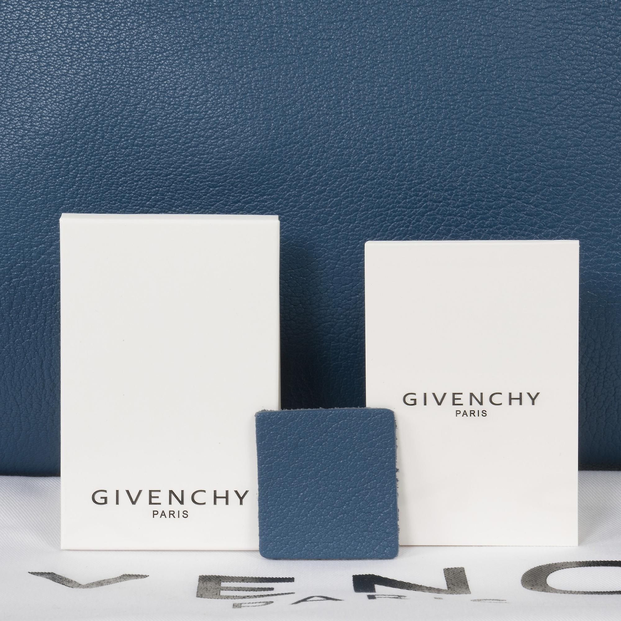 Givenchy Antigona sukker geiteskinn skinn Satchel Bag | Teal blå med sølv Hardware | Middels
