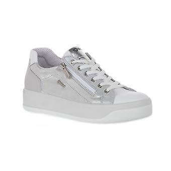 Chaussures blanches Igi et co ava
