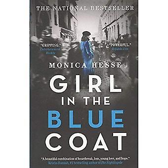 Mädchen im blauen Mantel