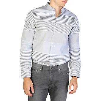 Armani troca homens e camisas de algodão de mangas compridas