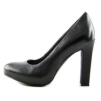 Bar III Womens Feline Closed Toe Classic Pumps