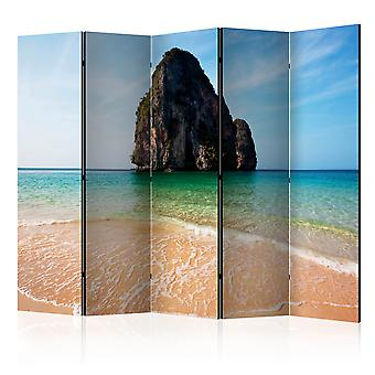 Vouwscherm - Rock formation by shoreline, Andaman Sea, Thailand [Room Dividers]