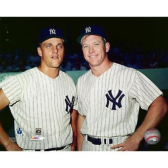 Roger Maris & Mickey Mantle poserade Photo Print
