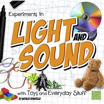 Esperimenti di luce e suono con giocattoli e tutti i giorni roba da Natali