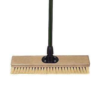 "Charles Bentley Charnwood 18"" Dual Fill Broom for Garden & Outdoor Maintenance Premium Brushware Green FSC Wood"
