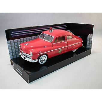 MotorMax American Classics - 1949 Mercury Coupe Fire Chief   1:24