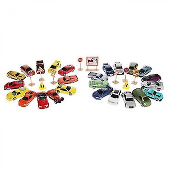Motormax - 1 Meter Of 25 Small Cars + Traffic Signs