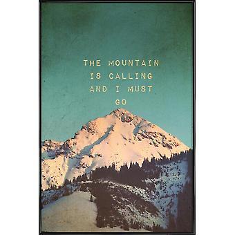 JUNIQE Print - Mountain ringer - Bjerge Plakat i Creme Hvid og Turkis