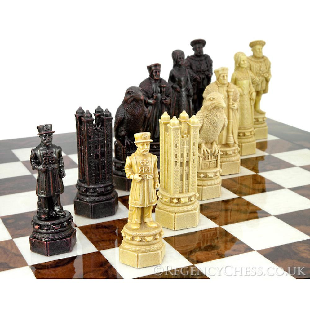 The White Tower Italian Briar Chess Set