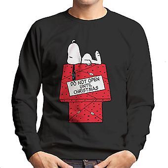 Jordnötter Snoopy Öppna inte förrän juldagen Män & Apos; s Sweatshirt