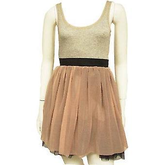 Nettas klänning