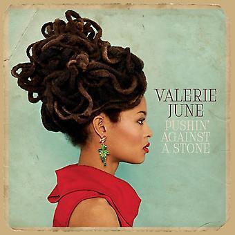 Valerie juin - importation USA Pushin ' contre a Stone [CD]