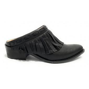 Women's Shoes Elite Sabot Texan Leather Black Color With Fringe Ds20el03