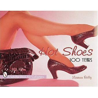Warme schoenen: One Hundred Years (Schiffer boek voor verzamelaars)