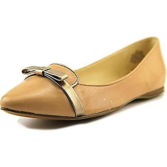 Nine West Womens Saxiphone Leather Pointed Toe Slide Flats