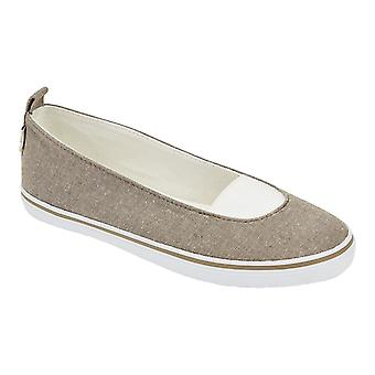 Erin Canvas Pull On Pump