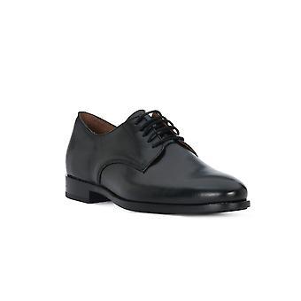 Frau Lord zwarte schoenen