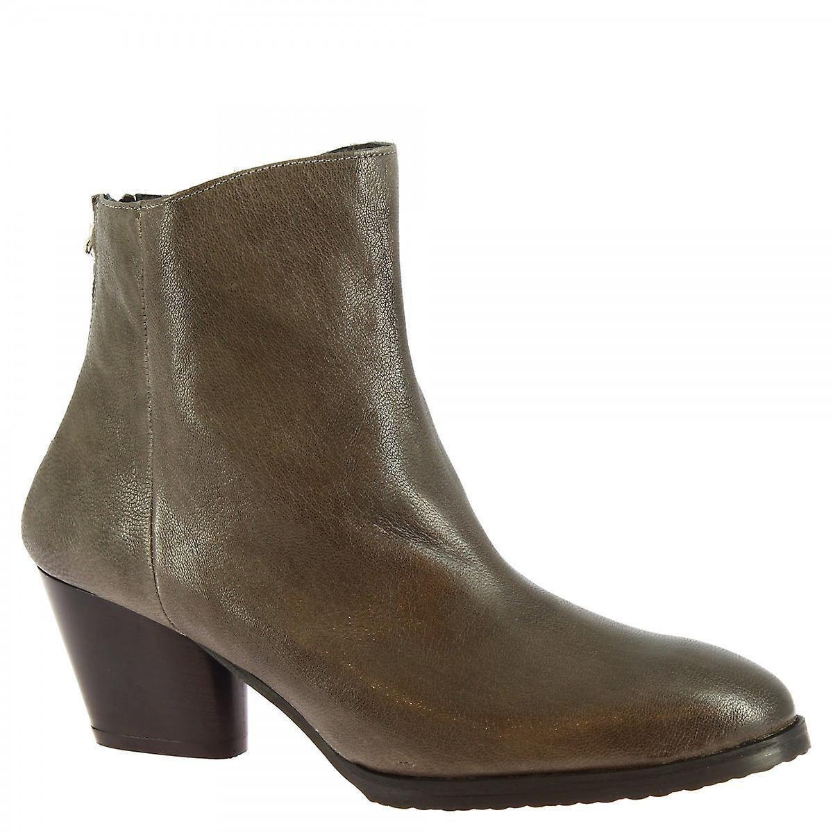 Leonardo Shoes Women's handmade heels ankle boots gray calf leather back zip LW1ck