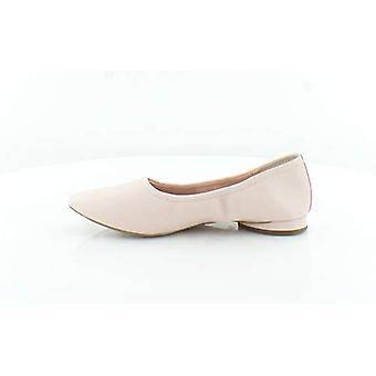 Avec Les Filles Womens Myrina Closed Toe Ballet Flats
