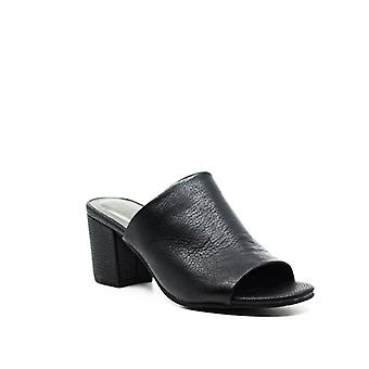 Reaction Kenneth Cole | Malyn Leather Block Heel Mules