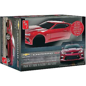 AMT Chevy Camaro Ss (Pre-Painted) 1:25