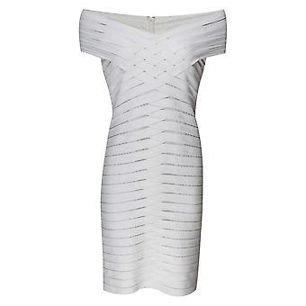 Frank Lyman av skulder pleated Bodycon Dress