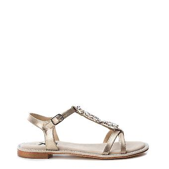 Xti 48995 mulheres e sandálias de couro sintético