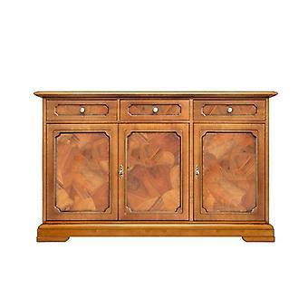 Klassisches Cupboard mit Brial