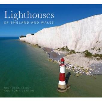 Lighthouses of England and Wales by Nicholas Leach