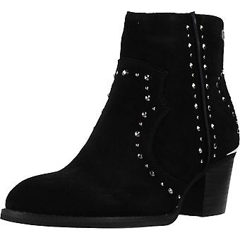 Carmela Booties 66913c Color Black