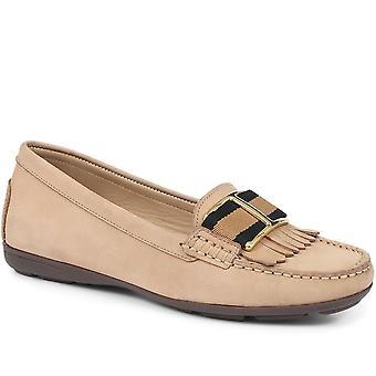 Jones 24-7 Womens Winnie Flat Leather Loafers