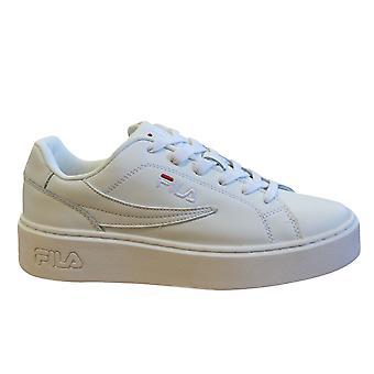Fila المبالغة L منخفض مدربي النساء الأبيض الجلود الدانتيل حتى الأحذية 1010472 1FG