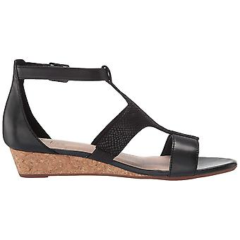 Clarks Womens Abigail lily Open Toe Casual T-Strap Sandals