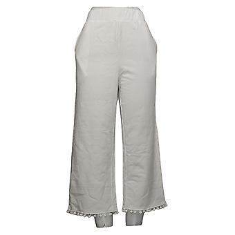 Quacker Factory Women's Pants Pom Pom Cropped Leg White A378443