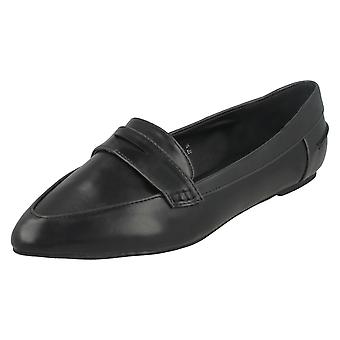 Ladies Spot On Pointed Toe Flats