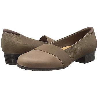 Trotters Womens Melinda Leather Closed Toe Loafers