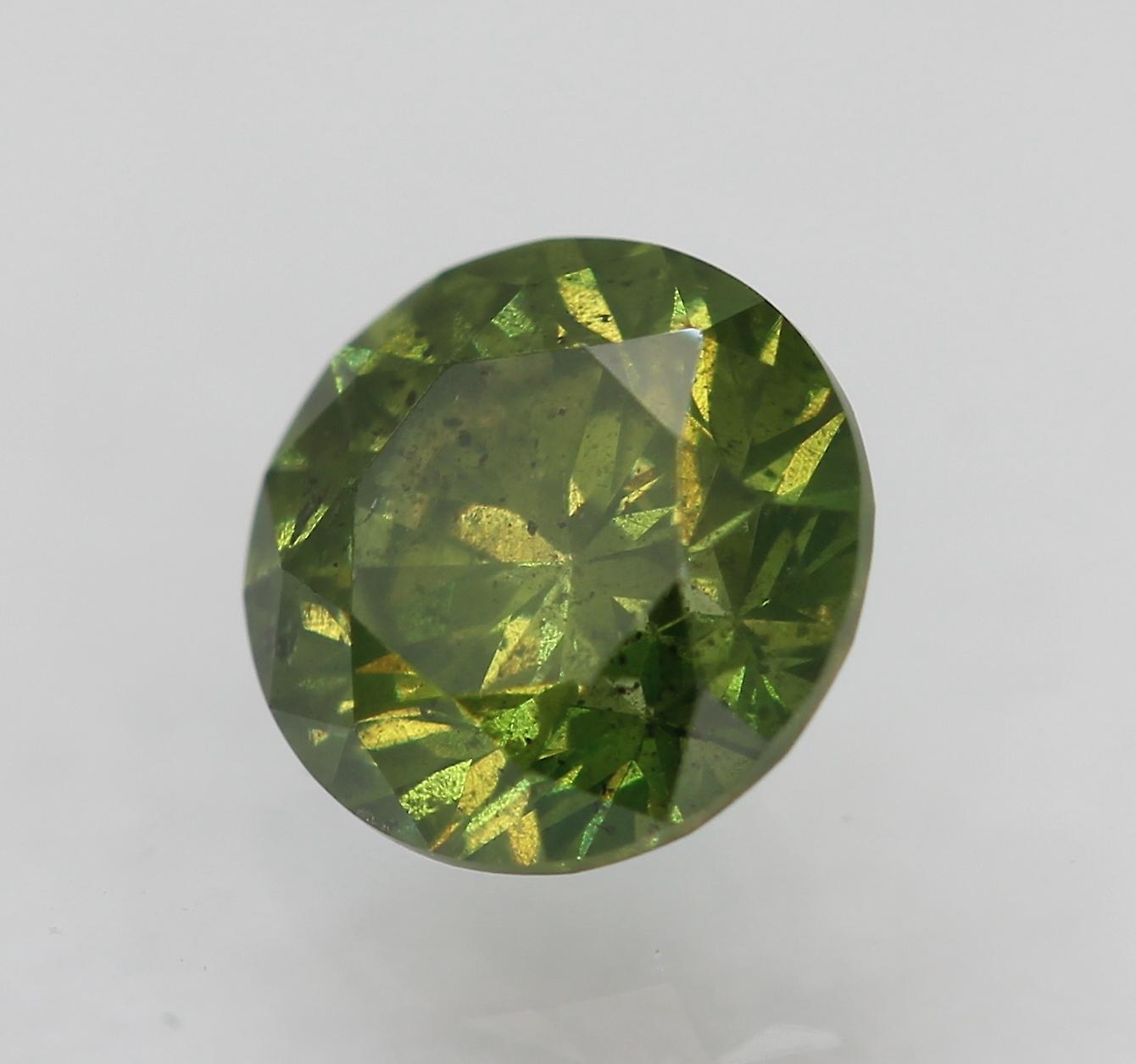 Cert 0.52 Carat Yellow Green SI1 Round Brilliant Enhanced Natural Diamond 4.98mm