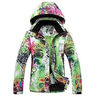 Yhden hengen suksivaatteet ja lämmin paksu takki hiihtotakki
