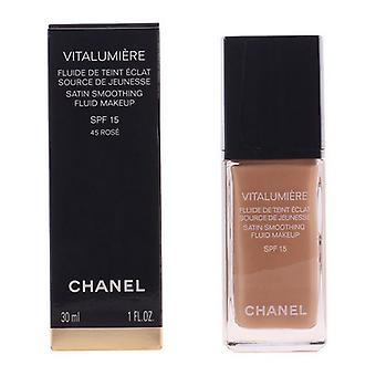 Liquid Make Up Base Vitalumière Chanel