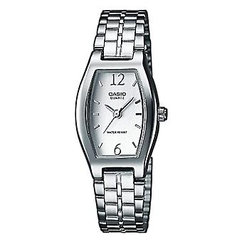 Casio Classic Analog quartz ladies with stainless steel strap LTP-1281PD-7A