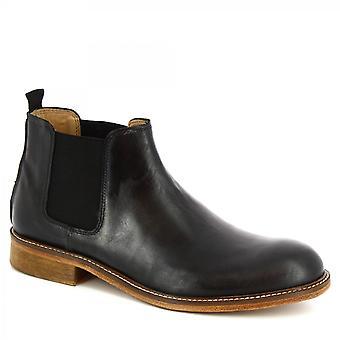 Leonardo Shoes Men's handmade classy ankle boots in black calf leather