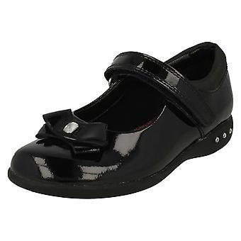 Sapatos meninas Clarks arco detalhe escola Prime Skip